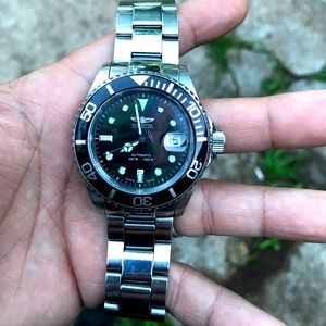 Invicta 4469 pro diver MOP sw200 watch